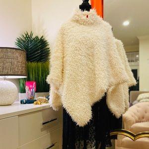 Express Super Cozy Ivory Teddy Bear Poncho